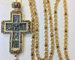 Крест наперсный латунный со вставками