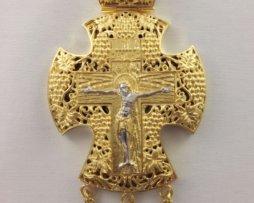 Крест наперсный латунный в позолоте с украшениями и цепью 120 см