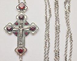 Крест наперсный из британского металла в серебрении с цепью 140 см.
