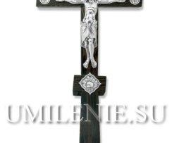 Крест напрестольный деревянный с серебряным Распятием и вставками