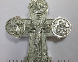 крест-мощевик наперсный с украшениями для священнослужителей