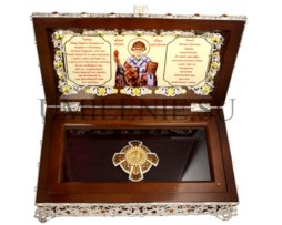 Ковчег деревянный с латунными мощевиком и декором