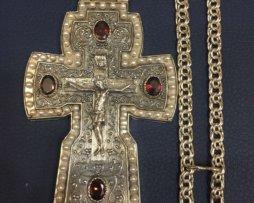 Крест серебряный в позолоте с цепью