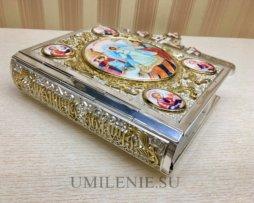 Евангелие в латунном серебряном окладе с эмалью