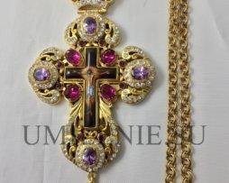 Крест наперсный латунный в позолоте с финифтевым распятием с цепью