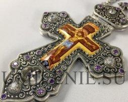 Крест серебряный с финифтевым распятием и цепью