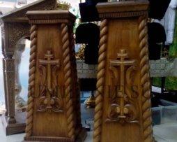 Тумба под запрестольный крест и запрестольную икону
