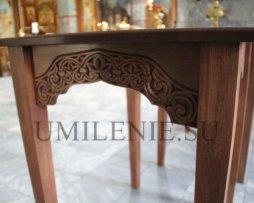 Стол для нужд храма дубовый