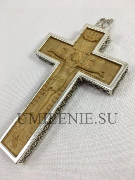 Крест-мощевик латунный в серебрении без цепи