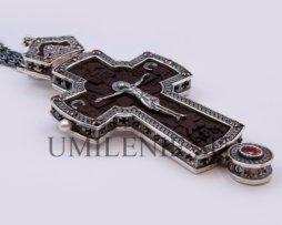 Крест латунный в серебрении с оксидированием и цепью
